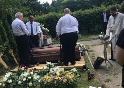 Κηδεία στην Γερμανία ALPHA OMEGA